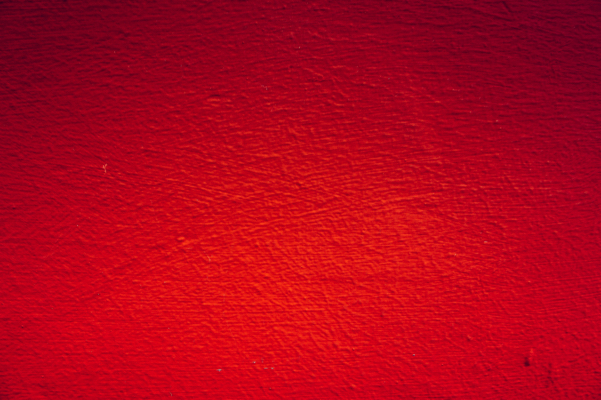 真っ赤な壁