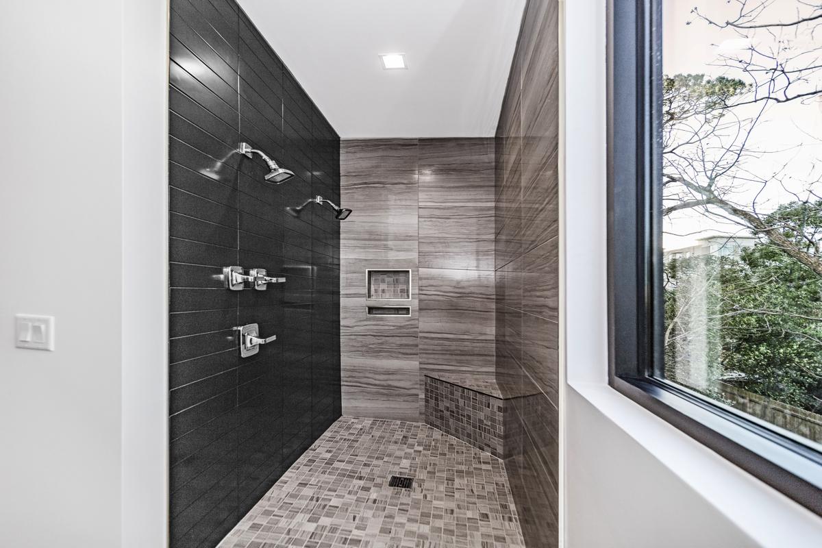 【わかりやすく解説】浴室のカビ&臭いを徹底掃除
